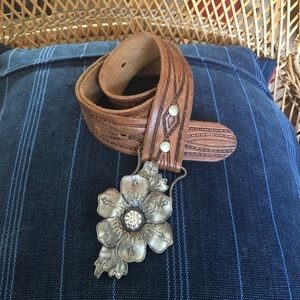 NWT Abercrombie Leather Belt w/  Flower Buckle